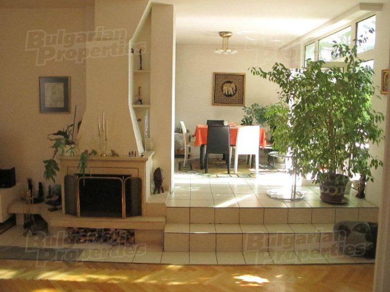 Апартаменты в Софии, Болгария, 277 м2 - фото 1