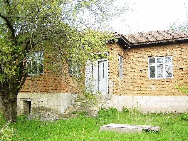 Дом в Варне, Болгария, 1687 м2 - фото 1