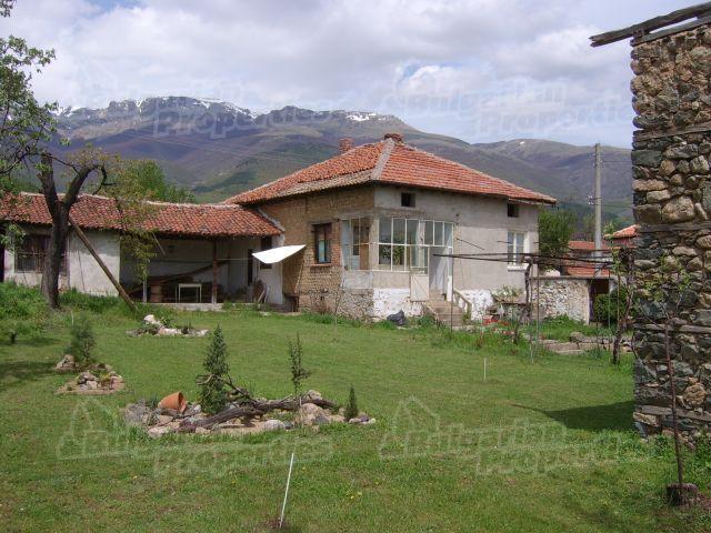 Дом в Стара Загоре, Болгария, 769 м2 - фото 1