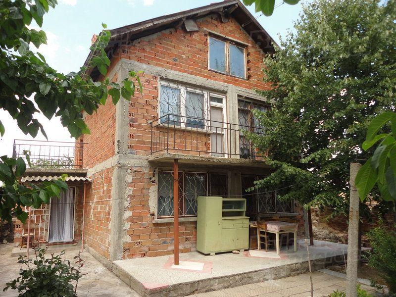 Дом в Стара Загоре, Болгария, 1830 м2 - фото 1