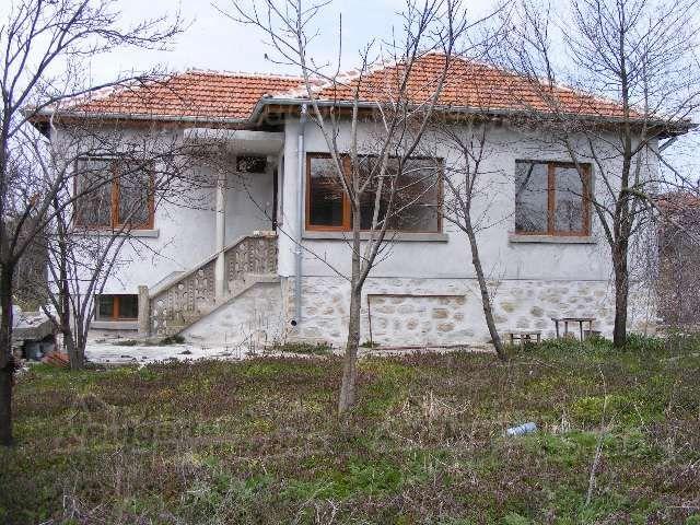 Дом в Стара Загоре, Болгария, 1400 м2 - фото 1