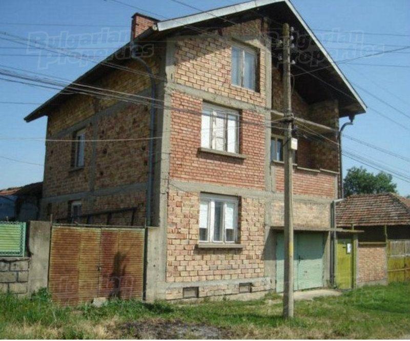 Дом в Велико Тырново, Болгария, 400 м2 - фото 1