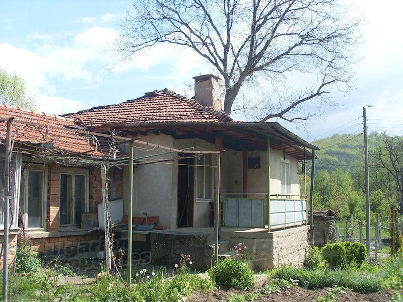 Дом в Ловече, Болгария, 70 м2 - фото 1