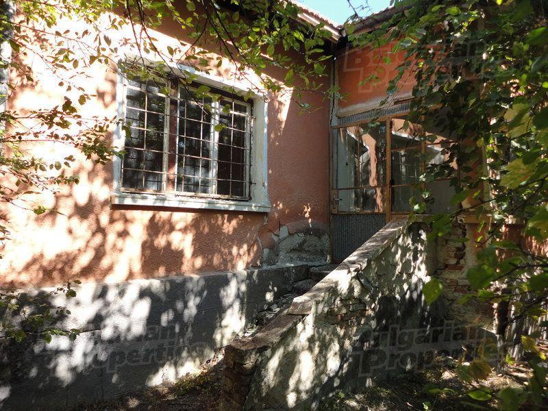 Дом в Стара Загоре, Болгария, 1750 м2 - фото 1