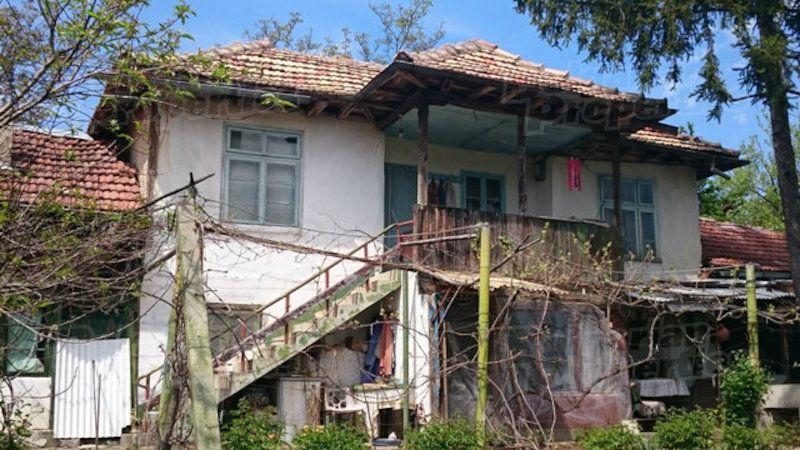 Дом в Велико Тырново, Болгария, 1837 м2 - фото 1