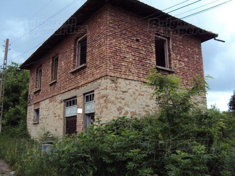 Дом в Велико Тырново, Болгария, 1210 м2 - фото 1