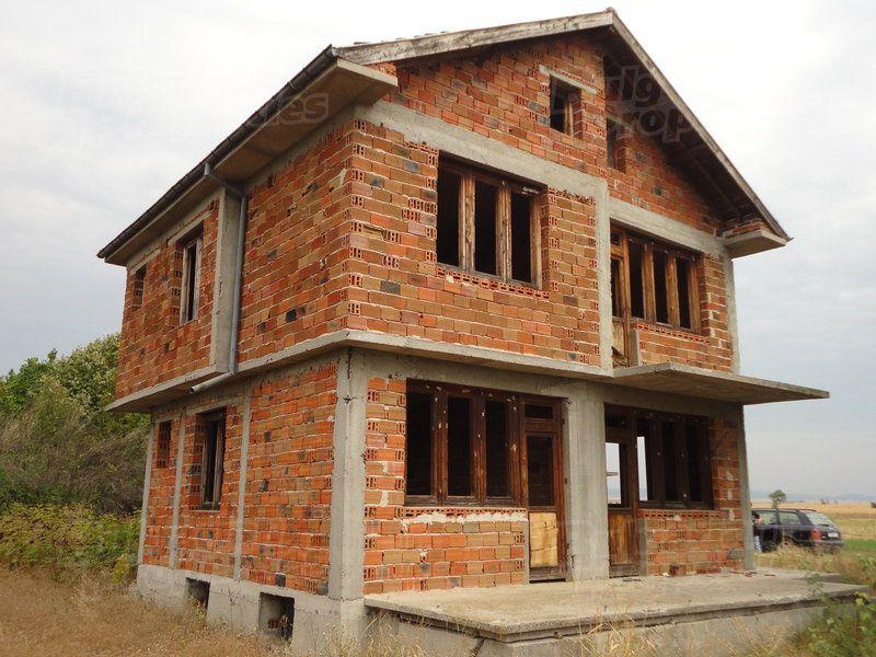Дом в Стара Загоре, Болгария, 870 м2 - фото 1