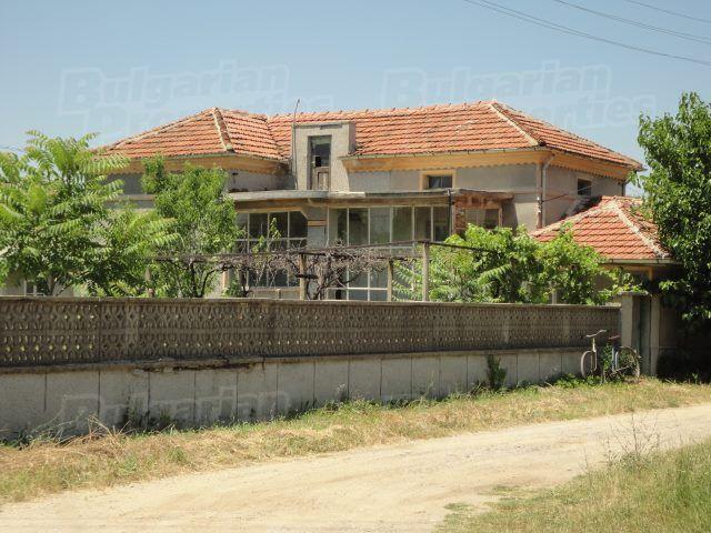 Дом в Стара Загоре, Болгария, 80 м2 - фото 1