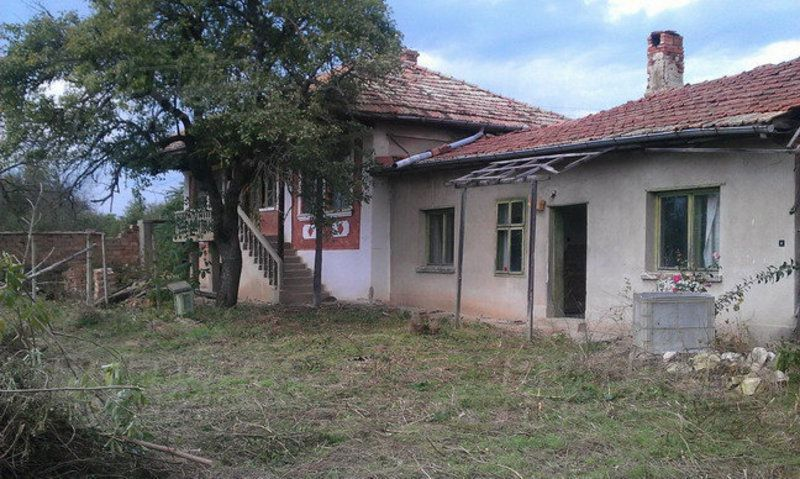 Дом в Велико Тырново, Болгария, 1430 м2 - фото 1