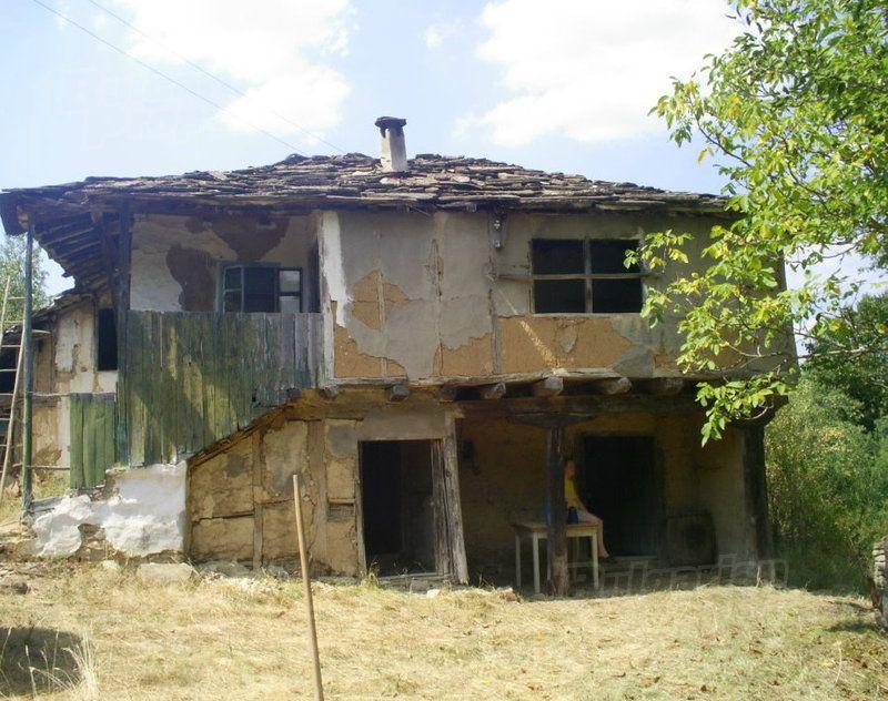 Дом в Габрово, Болгария, 3450 м2 - фото 1
