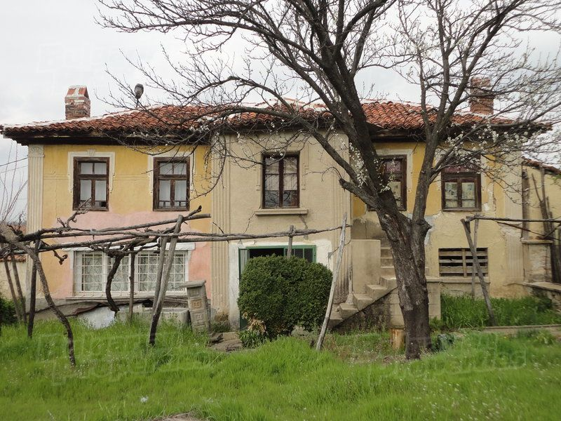 Дом в Стара Загоре, Болгария, 1200 м2 - фото 1