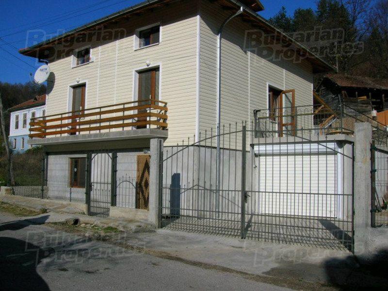 Дом в Габрово, Болгария, 260 м2 - фото 1