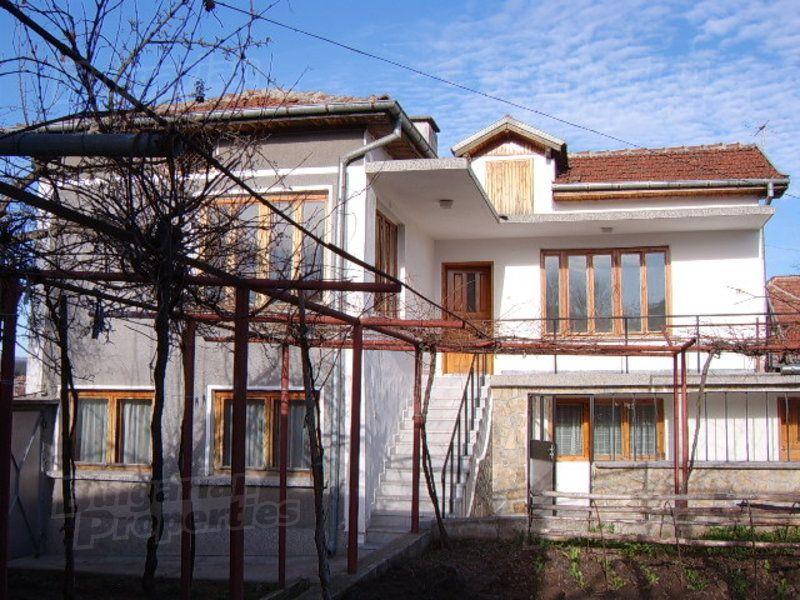 Дом в Стара Загоре, Болгария, 570 м2 - фото 1