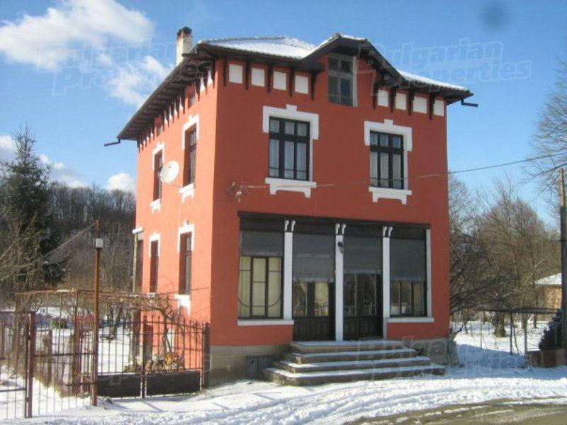 Дом в Габрово, Болгария, 950 м2 - фото 1