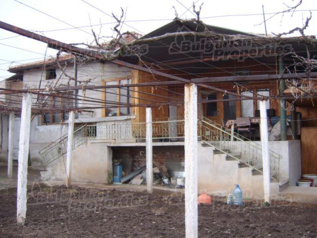 Дом в Стара Загоре, Болгария, 1564 м2 - фото 1