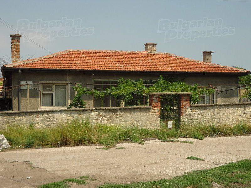 Дом в Стара Загоре, Болгария, 1860 м2 - фото 1