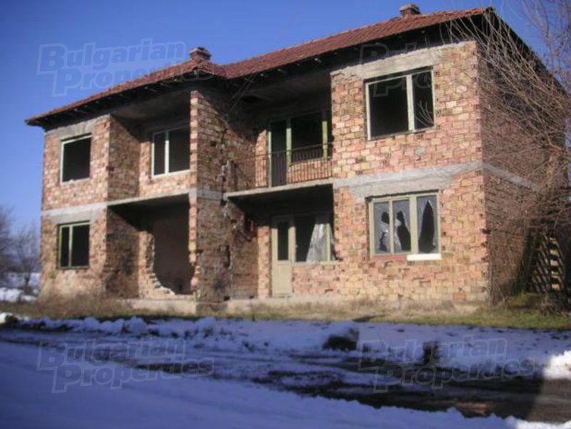 Дом в Ловече, Болгария, 240 м2 - фото 1