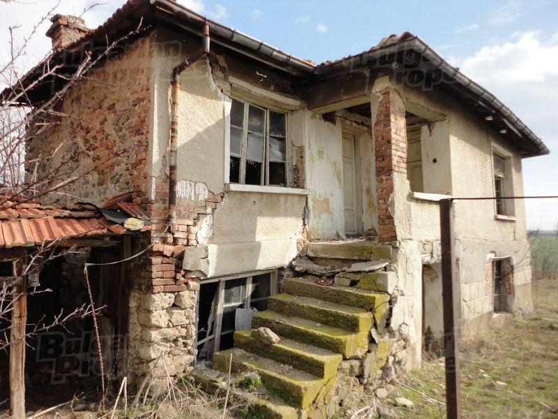 Дом в Стара Загоре, Болгария, 1800 м2 - фото 1