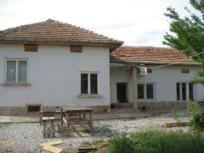 Дом в Велико Тырново, Болгария, 320 м2 - фото 1
