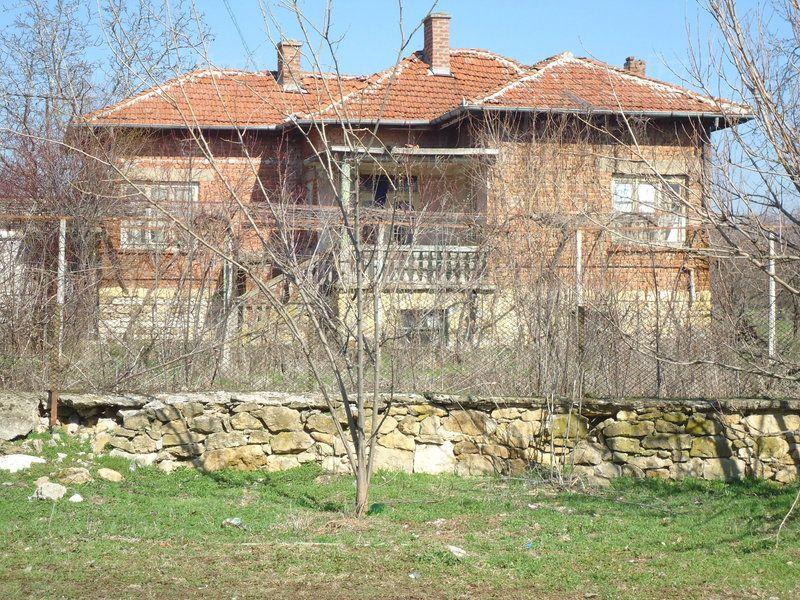 Дом в Стара Загоре, Болгария, 2520 м2 - фото 1