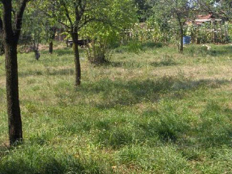 Земля в Велико Тырново, Болгария, 977 м2 - фото 1
