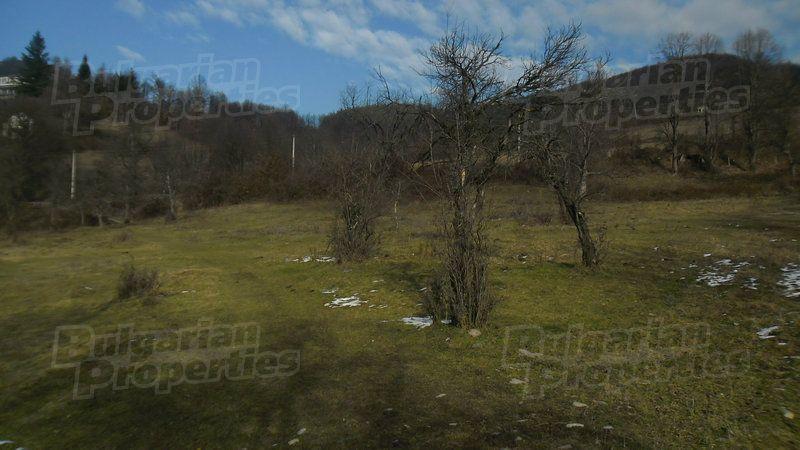 Земля в Ловече, Болгария - фото 1