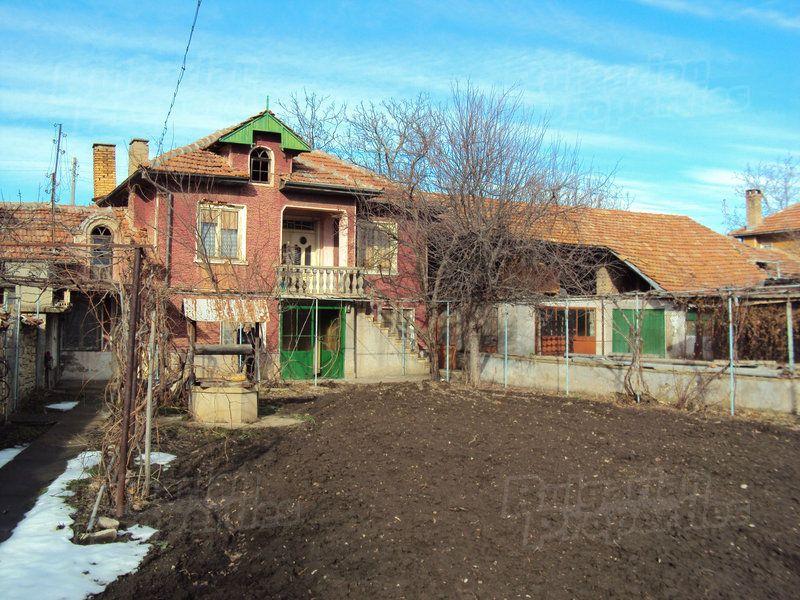 Дом в Велико Тырново, Болгария, 750 м2 - фото 1