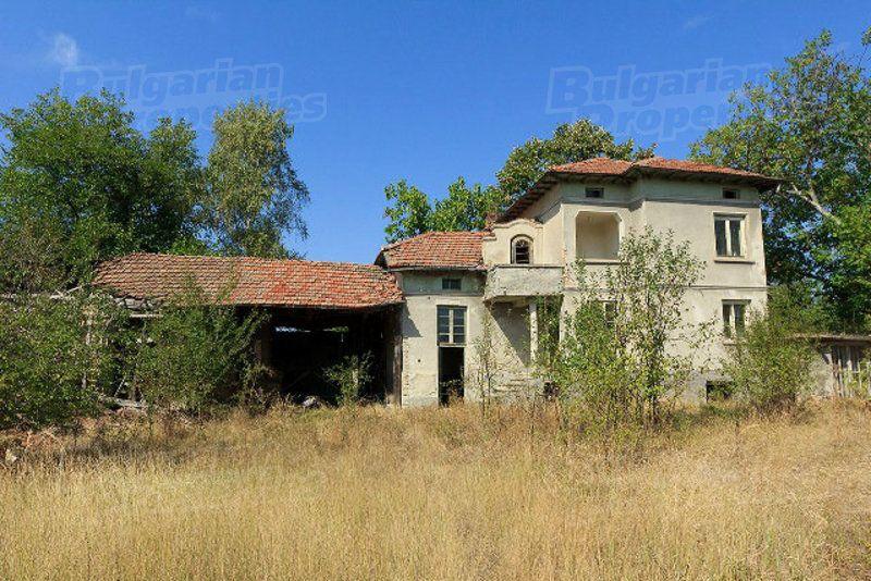 Дом в Велико Тырново, Болгария, 4100 м2 - фото 1