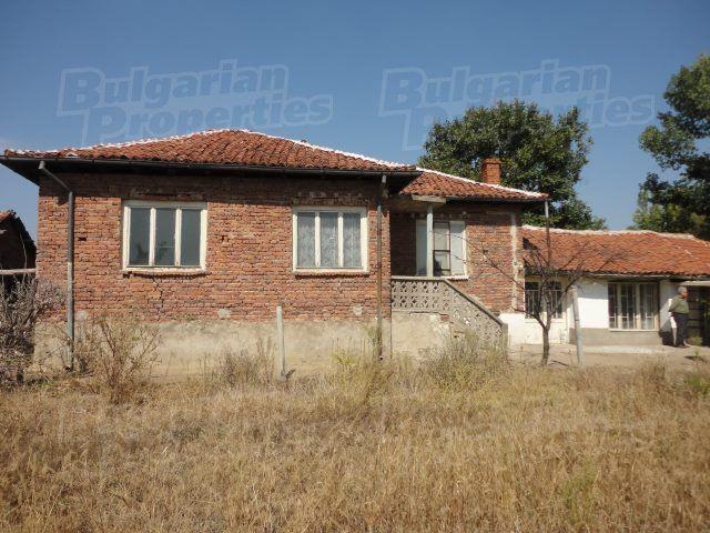 Дом в Стара Загоре, Болгария, 2100 м2 - фото 1