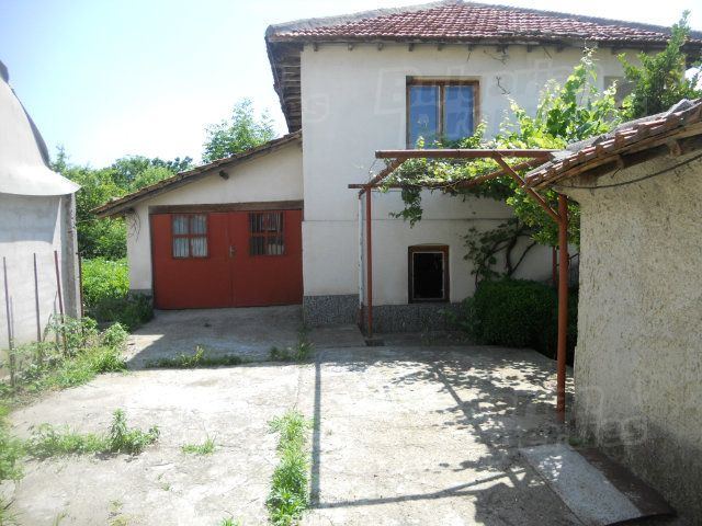 Дом в Сливене, Болгария, 130 м2 - фото 1