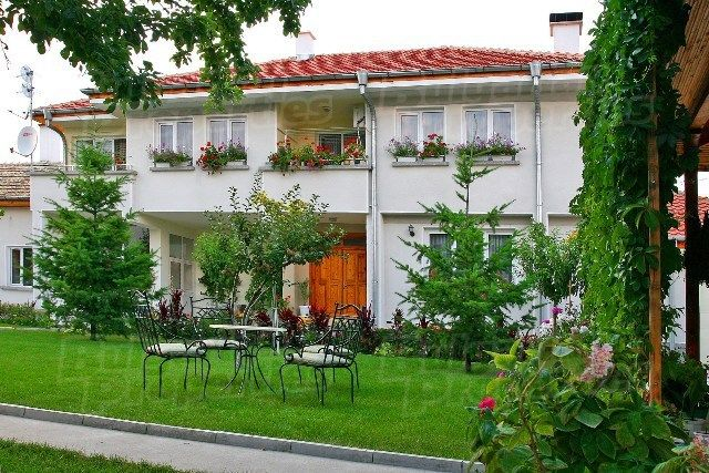 Дом в Тырговиште, Болгария, 2270 м2 - фото 1