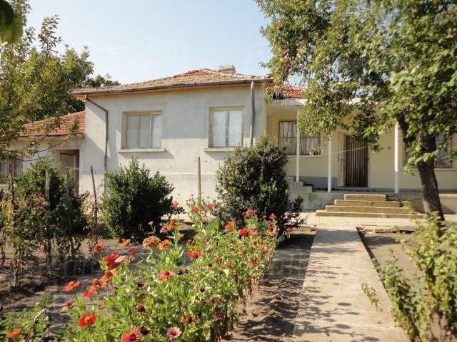 Дом в Стара Загоре, Болгария, 2345 м2 - фото 1