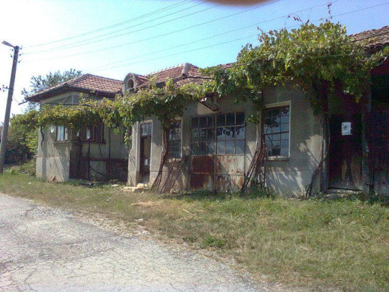 Дом в Велико Тырново, Болгария, 2230 м2 - фото 1