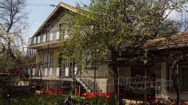 Дом в Велико Тырново, Болгария, 1092 м2 - фото 1