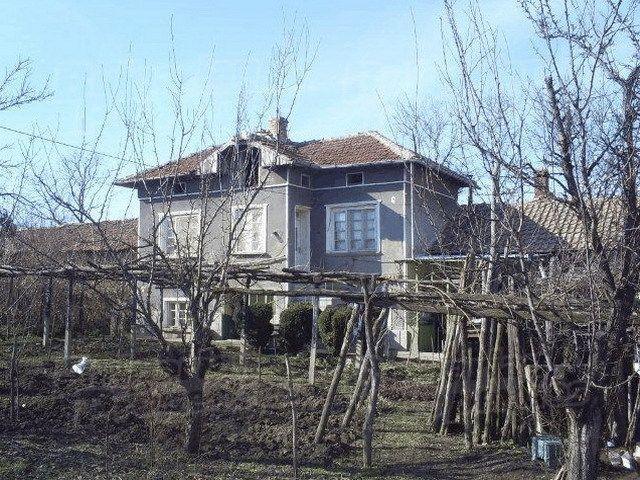 Дом в Велико Тырново, Болгария, 2470 м2 - фото 1