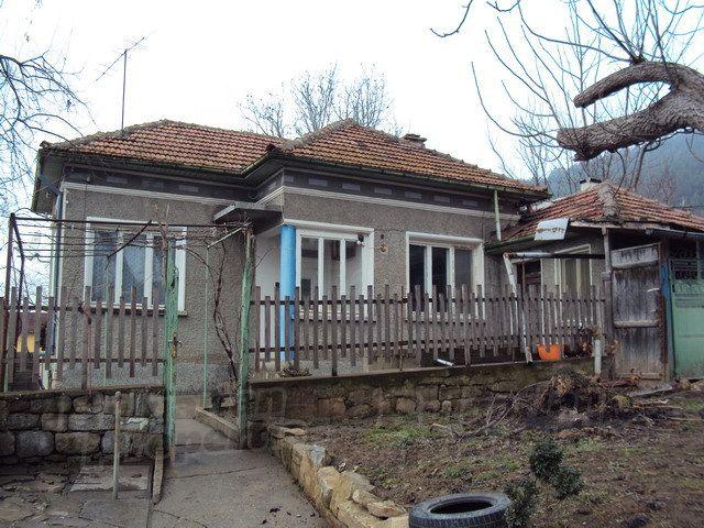 Дом в Велико Тырново, Болгария, 2700 м2 - фото 1