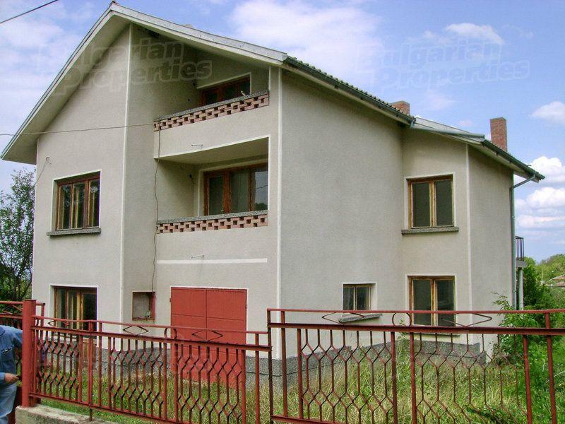 Дом в Велико Тырново, Болгария, 857 м2 - фото 1