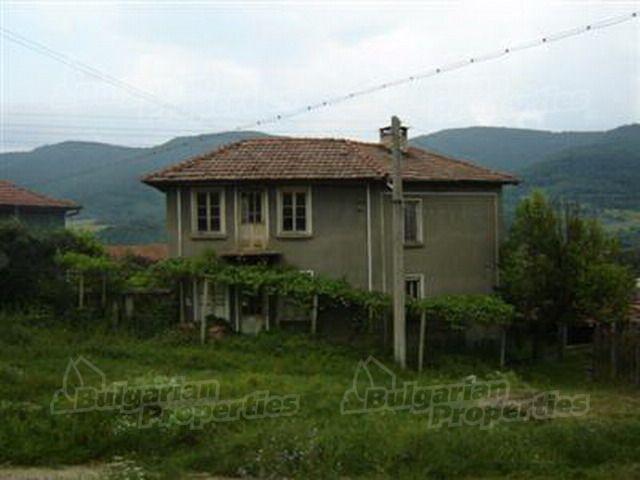 Дом в Ловече, Болгария, 150 м2 - фото 1