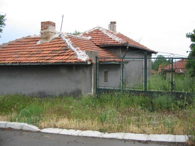 Дом в Сливене, Болгария, 2850 м2 - фото 1