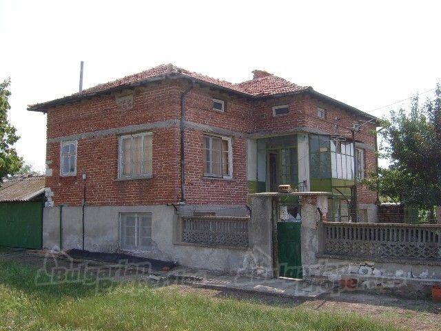 Дом в Стара Загоре, Болгария, 1500 м2 - фото 1