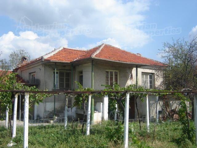 Дом в Сливене, Болгария, 2100 м2 - фото 1