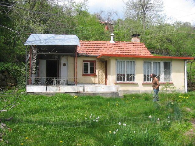 Дом в Габрово, Болгария, 1117 м2 - фото 1