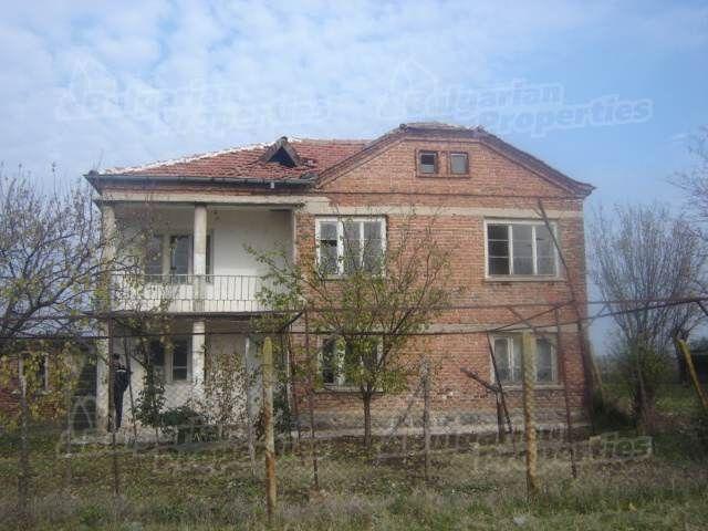 Дом в Сливене, Болгария, 3320 м2 - фото 1