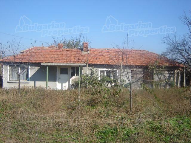 Дом в Сливене, Болгария, 2340 м2 - фото 1