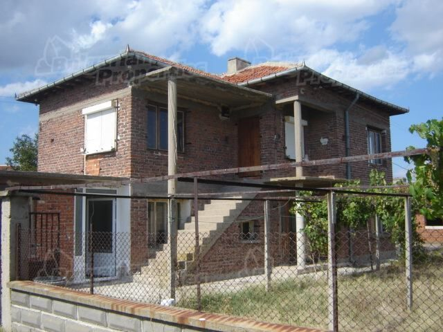 Дом в Сливене, Болгария, 2500 м2 - фото 1