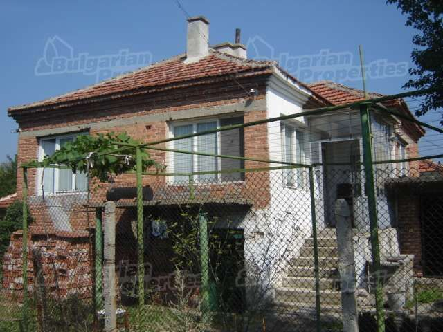 Дом в Сливене, Болгария, 930 м2 - фото 1