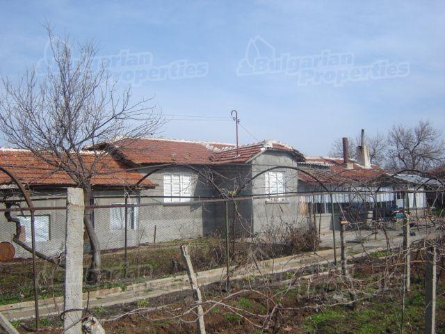 Дом в Сливене, Болгария, 100 м2 - фото 1