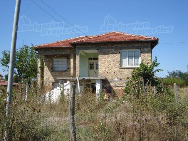 Дом в Сливене, Болгария, 2900 м2 - фото 1