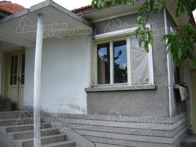 Дом в Сливене, Болгария, 1400 м2 - фото 1