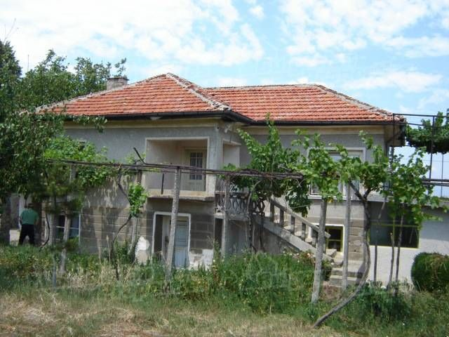 Дом в Сливене, Болгария, 1300 м2 - фото 1